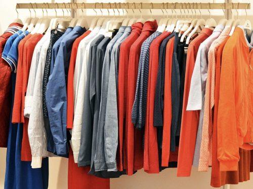 Gli articoli determinativi e l'abbigliamento  – Maestra Marina